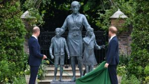William, Harry unveil statue of late mother Princess Diana