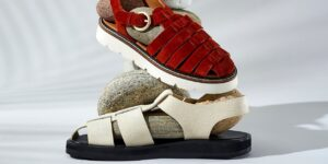 What Do the Olsen Twins and Greek Fisherman Have in Common? This It-Sandal
