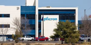 Micron Technology Puts Its Cash to Work Using Artificial Intelligence