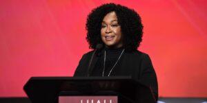 Netflix Signs 'Bridgerton' Producer Shonda Rhimes to New Deal