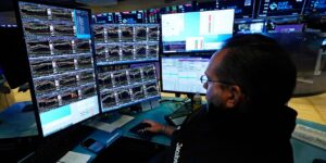 Stock Futures Weaken After Inflation Data