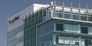 Google to Help Insurers Measure Slip-and-Fall Risks in Buildings