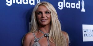 Britney Spears Retains New Lawyer at Emotional Hearing