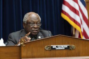 Clyburn knocks unsparing use of Senate filibuster