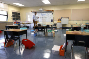 CDC: Fully vaccinated students and teachers do not need to wear masks in school