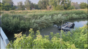 Bystanders save woman in car submerged in Arvada canal