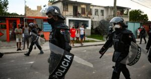 Cuba cracks down on protesters amid anti-government demonstrations – National