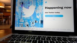 Twitter ending Fleets, its disappearing tweets feature
