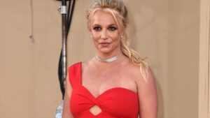 Britney Spears' dad remains co-conservator, judge rules: reports
