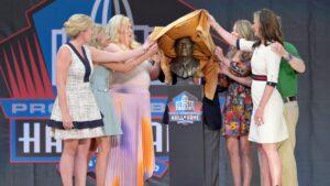 Broncos lawsuit filed by Bowlen daughters dismissed