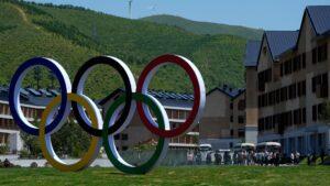 China says 2022 Winter Olympics on track