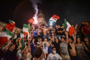 Football: Italy erupts in celebration after Euro 2020 triumph, Football News & Top Stories